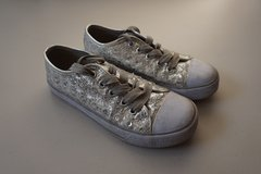 Girls Children's Place Silver Sequence Sneaker Size 13 in Naperville, Illinois