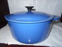 Le Creuset Signature Dutch Cast Iron Oven Covered Pot #22 in Spring, Texas