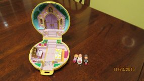 "*Wanted* Vintage Polly Pockets 1"" dolls & Compacts or 1"" Dolls in Byron, Georgia"