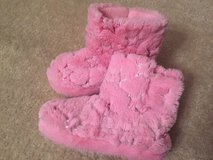 EUC Size 12-13 Pink Boot Slippers in Chicago, Illinois