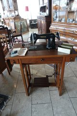 antique Phoenix sewing machine with accessories in Ramstein, Germany