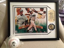 "*** BEAUTIFULLY FRAMED (11"" x 14"") KEN GRIFFEY JR. COLOR PHOTO, COIN / COA and Fotoball ****** in Fort Lewis, Washington"