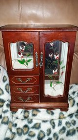 Floral / Wood Jewelry Box in Fort Campbell, Kentucky