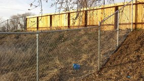 Looking for free chain link fence & materials in Yucca Valley, California