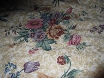 COMPLETE  COMFORTER BED SET in Cherry Point, North Carolina