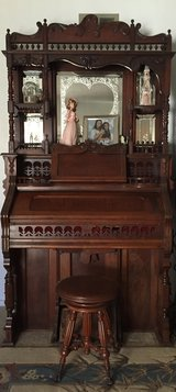 1880s Reed Organ lakeside by Chicago USA in Camp Pendleton, California