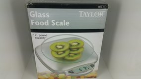 Taylor 11 Pound Capacity Glass Food Scale in Tinley Park, Illinois