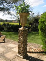 ivy urn ... brand new ... cast aluminium in Lakenheath, UK