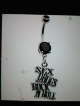 sex, drugs rock and roll belly ring in Camp Lejeune, North Carolina
