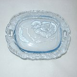 GLASS PIN TRAY / CANDY DISH, Chick out of Egg, Clear Lt Blue in Aurora, Illinois
