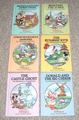 6 RARE Vintage 1994 Disney's Small World Library Children's Hard Cover Books in Oswego, Illinois