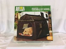 Animal Planet portable pet kennel indoor/outdoor New in Naperville, Illinois