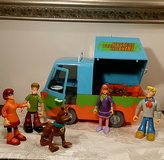 Scooby Doo And Crew Figurines And The Mystery Machine in Aurora, Illinois