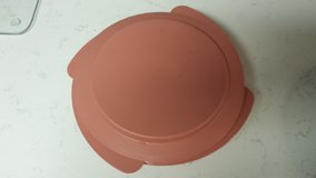 Tupperware Container, Microwavable in Houston, Texas