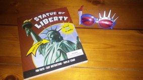 Statue of Liberty model & sunglasses in Kingwood, Texas