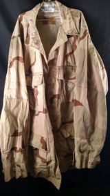 Desert BDU Top Size Medium Long (T=1) in Clarksville, Tennessee
