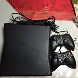 X Box 360 W/Kinect, 5 Kinect Games & 2 Controllers in Okinawa, Japan