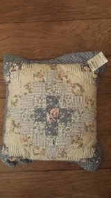 """Country Pillow, 16"""" x 16"""" x 2"""", New with Price Tag Still (Original Price $30) in Houston, Texas"""