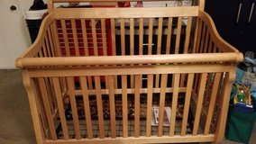 Convertible 4 in 1 crib in Camp Pendleton, California