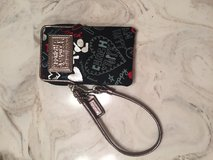 Coach wristlet that iPhone4 or 5 can fit in in Fort Campbell, Kentucky