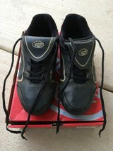 Louisville Slugger boys Baseball Cleats size 5-1/2 in Yorkville, Illinois