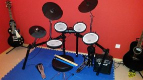 Roland TD4 Electric Drums in Ramstein, Germany
