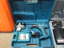 "Makita MAKTEC MT065 18V 1/2"" Cordless Drill/Driver W/ Charger, Battery and Carry Case in Naperville, Illinois"