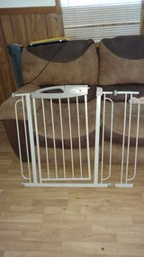 Evenflo baby gate reduced in Conroe, Texas