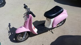Pink Razor Pocket Mod Electric Scooter in Fort Campbell, Kentucky