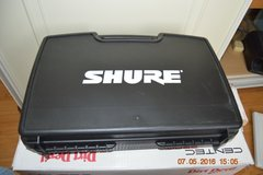 Shure WH20 cordless headset microphone in Lakenheath, UK