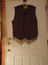 #OFCC IC LEATHERWORKS BROWN SUEDE MEN'S VEST XL in Fort Hood, Texas