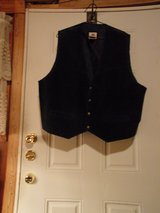 #OFCC FADED GLORY MEN'S NAVY BLUE SUEDE VEST. SNAPS. SIZE XL in Fort Hood, Texas