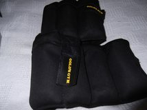 GOLDS GYM WRIST/ANKLE WEIGHTS   NEW IN BOX in Cherry Point, North Carolina
