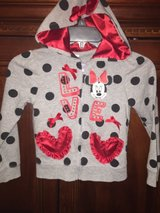 NEW 6X Minnie Mouse Sweater in The Woodlands, Texas
