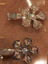 NEW Glitter Flower Hair Clips in Okinawa, Japan