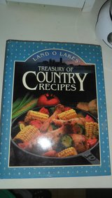 Treasury of country recipes cookbook in Fort Campbell, Kentucky