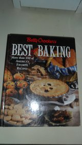 Best of Baking cookbook in Fort Campbell, Kentucky