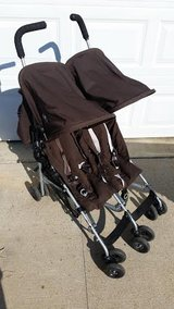 Maclaren Double Stroller in Fort Campbell, Kentucky