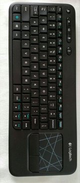 Logitech Touchpad Mouse Keyboard K400 in Quantico, Virginia