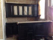 Painting Cabinets in Pearland, Texas