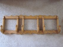 Oak Wood 3 Plate Holder in Schaumburg, Illinois