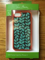 NEW, Vera Bradley Soft Frame Case for IPhone 5, 5s in Joliet, Illinois