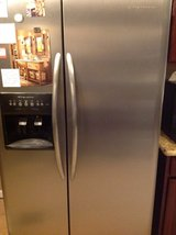 Frigidaire stainless steel professional series in Yucca Valley, California