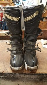 Motocross Boots Size 11 in Fort Campbell, Kentucky