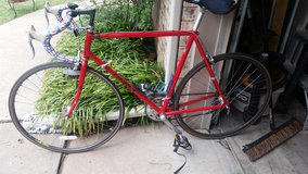 Vintage specialized Sirrus road bike in Lawton, Oklahoma