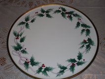 mikasa ribbon holly cake plate in Glendale Heights, Illinois