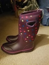 Winter boots size 1 girls new in Chicago, Illinois