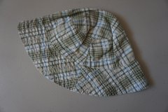 Boys Green/Tan Plaid Infant Sun Hat Size 6-9 Months in Bolingbrook, Illinois