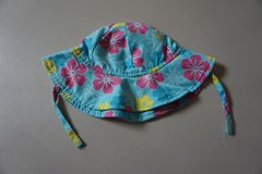 Girls Wee Wave Blue Flower Infant Sun Hat Size 13-22 lbs in Bolingbrook, Illinois
