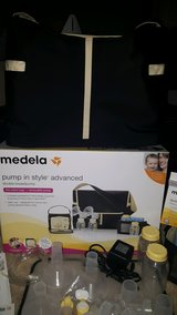 Medela Pump in Style Advanced Metro bag in Hemet, California